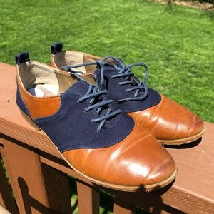 ModCloth Restricted Brown and Blue Flats